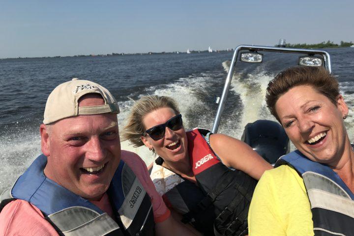 Rib varen tijdens een bedrijfsuitje in Friesland