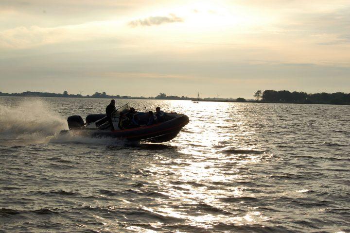 Bedrijfsuitje in Friesland Rib varen